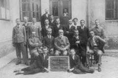 Pierwsi absolwenci Państwowej Szkoły Zawodowo Dokształcającej w Nisku, rocznik 1928/29