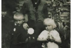 Zdjecie rodzinne, lata 40-te (arch. pryw. K. Cerwik)